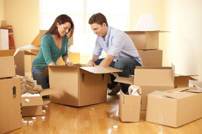 Let's see how we can choose a reputable moving company!